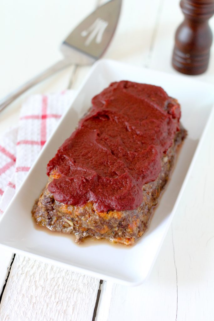 Grain-Free Meatloaf from the Whole Smiths. Super easy to make and a hit with the entire family! Paleo friendly, gluten free and Whole30 complaint.