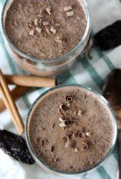 An easy-to-make paleo Mexican Hot Chocolate Protein Chia Pudding from the Whole Smiths. Added protein makes this a more well rounded chia pudding!