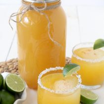 Clean(er) Mason Jar Margaritas