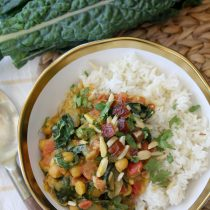 Kale and Chickpea Curry ( Gluten-free, Vegan & with Paleo Option)